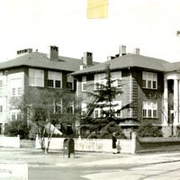 LarchmontElementary_circa1940s.jpg